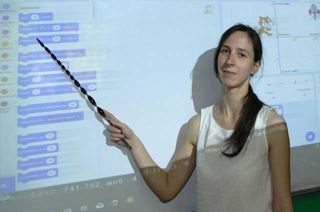 Юлия Балашова. Преподаватель курса Креативное программирование Scratch для детей